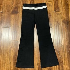 Lululemon Athletic Workout Yoga Pants - Size 6